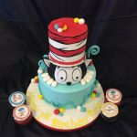 cat in hat cupcakes